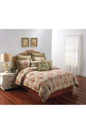 Hallmart Collectibles Traditional Monica Comforter Set
