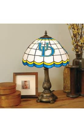 The Memory Company COL Delaware Tiffany Table Lamp in Brass Finish Lighting